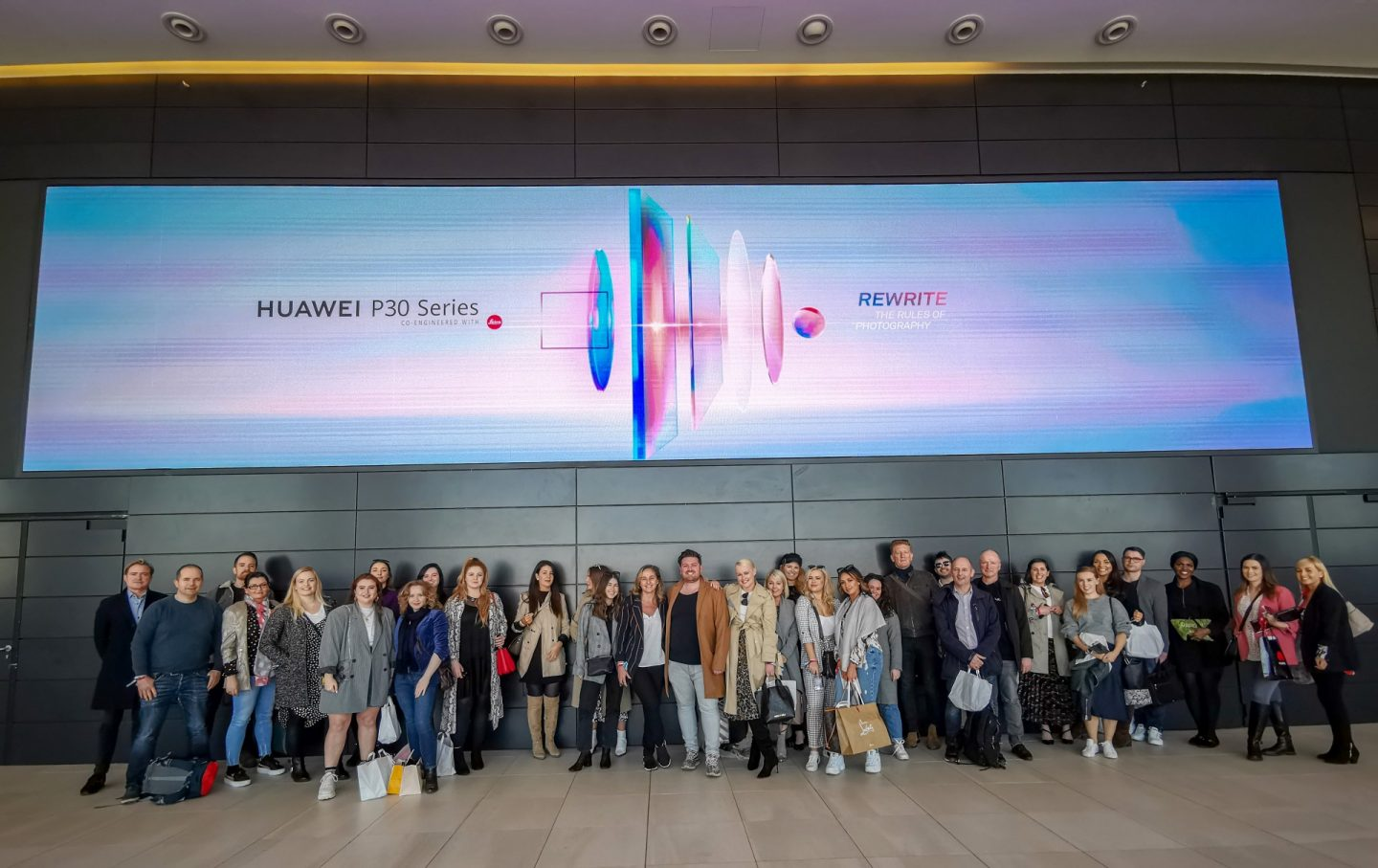 huawei p30 pro review group shot