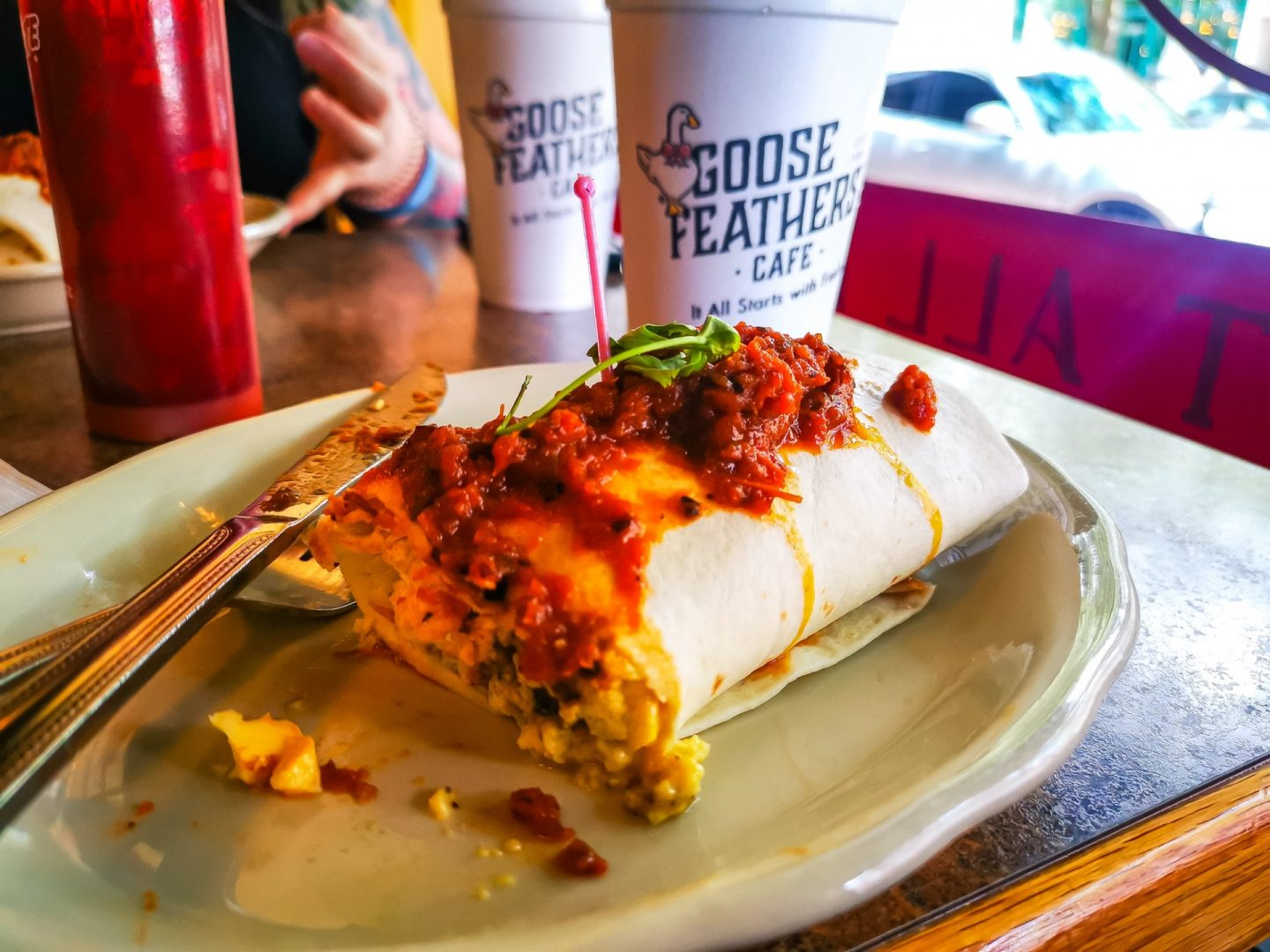 Best Places to Eat in Savannah Georgia goose feathers