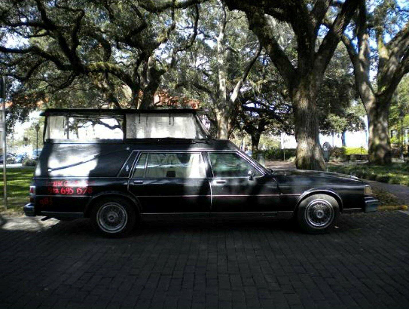 Hearse ghost tour savannah