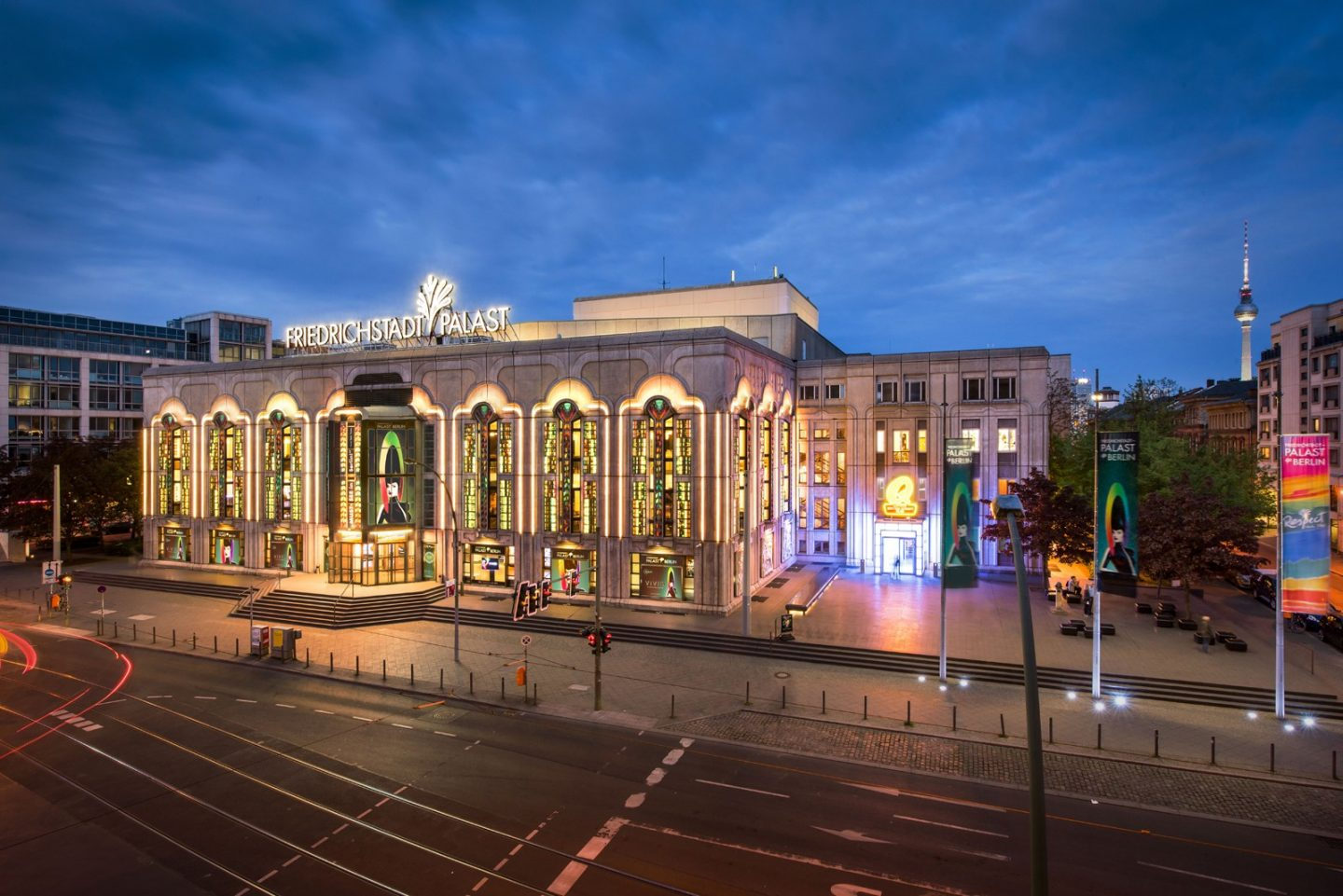 Vivid grand show palast theatre berlin things to do